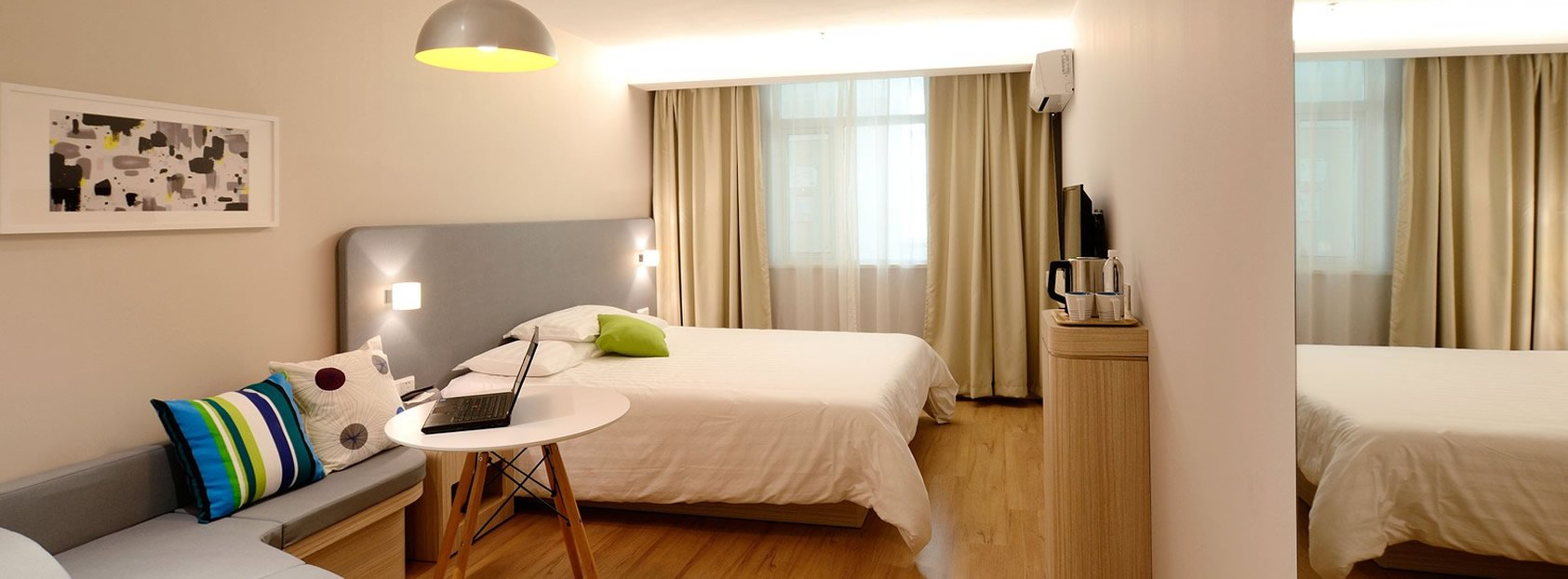 hotel-room-online-booking-system