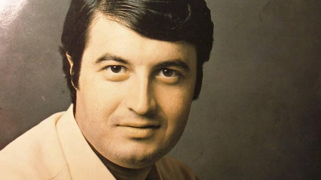 Πέθανε από κορονοϊό ο σπουδαίος τραγουδιστής Λευτέρης Μυτιληναίος.